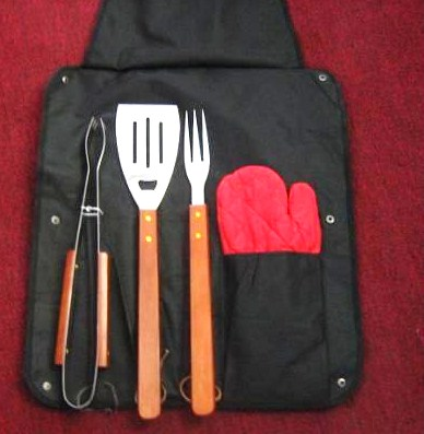 4 pcs bbq tool in apron